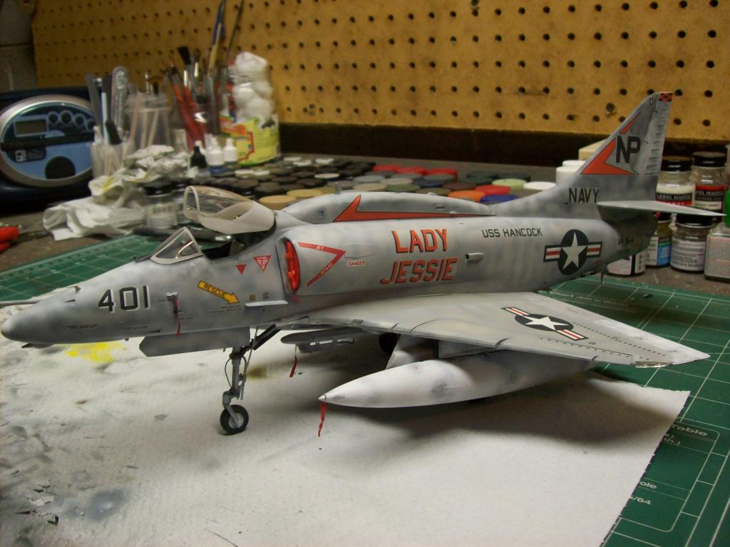 F-8Efinished008_zps5dbb1254.jpg