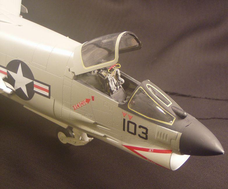 F-8Efinished005_zpsbd2d1ae9.jpg