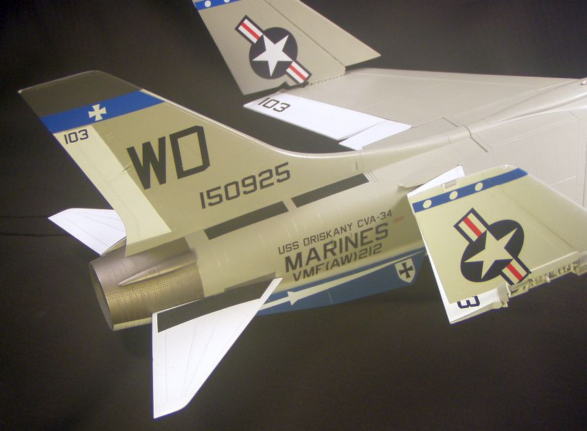 F-8Efinished007_zps1c43f02e.jpg