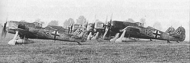 Focke Wulf 190 A-8/R2 JG-3 Nariz Negra Eduard 1/48 Post-1631-1174216783