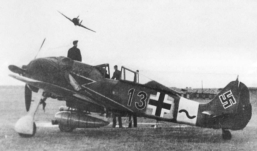 Focke Wulf 190 A-8/R2 JG-3 Nariz Negra Eduard 1/48 Post-1631-1174216959